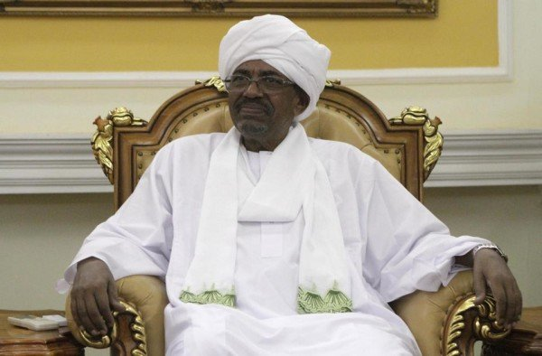 Omar al Bashir travels to South Africa