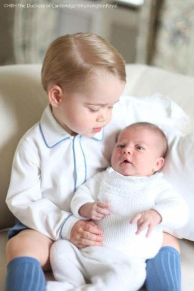 Princess Charlotte and Prince George first photo 2015