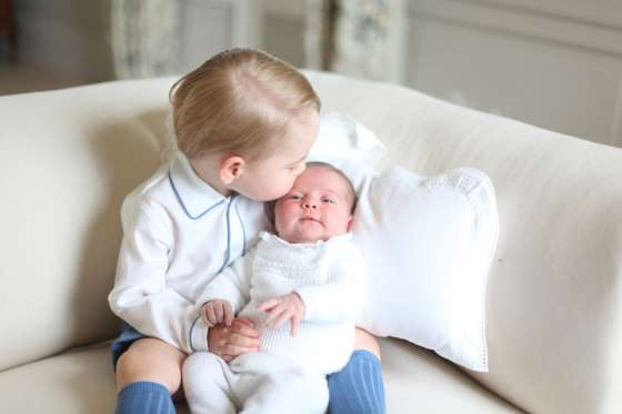 Princess Charlotte and Prince George official photo 2 (2)