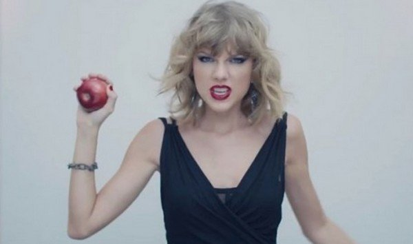 Tyalor Swift changes Apple Music payment policy