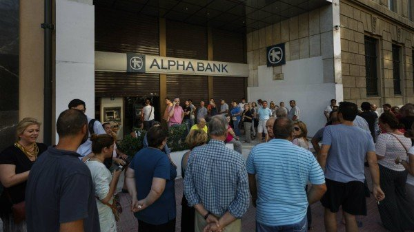 Greek banks reopen after three weeks