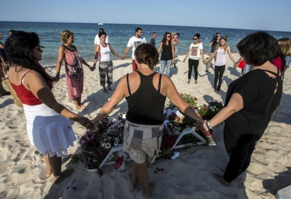 Tunisia attack suspects arrested