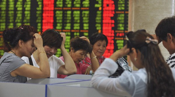 China arrests over stock market rumors