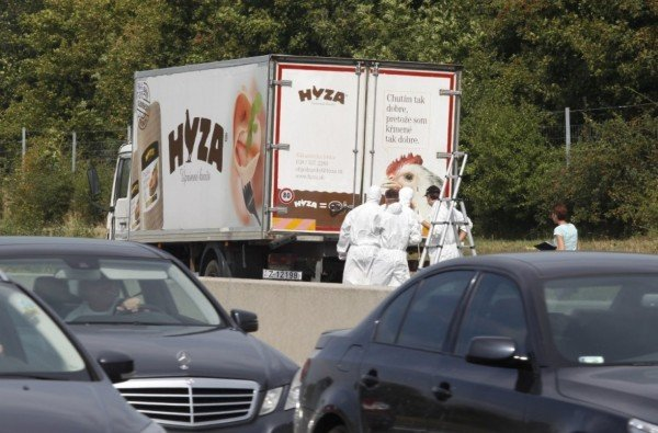 Europe migrants dead in Austrian truck