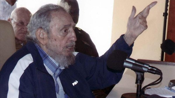 Fidel Castro criticizes US before embassy reopening