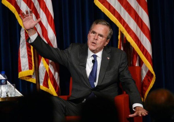 Jeb Bush criticizes Hillary Clinton