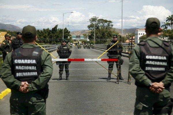 Venezuela martial law Colombia border