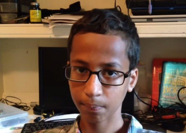 Ahmed Mohamed clock making student
