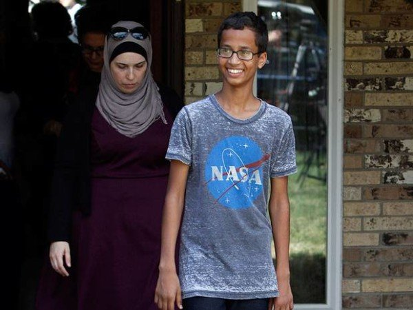 Ahmed Mohamed to visit MIT