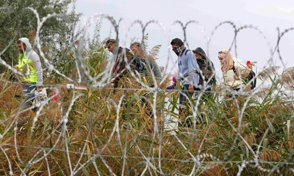 Hungary state of emergency refugees