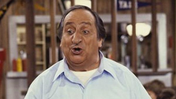 Al Molinaro dead at 96
