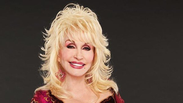 Dolly Parton cancer rumors denied