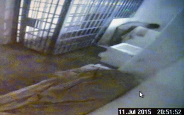 El Chapo Guzman escape CCTV