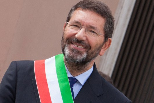 Rome Mayor Ignazio Marino resignation