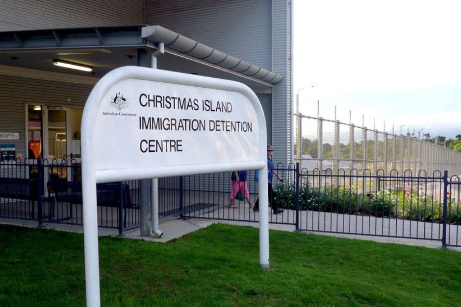 Australia: Christmas Island Detention Center Set on Fire by Angry Inmates - BelleNews.com