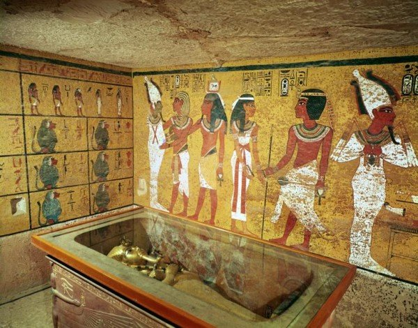 Tutankhamun's Tomb Scans Support Hidden Chamber Theory
