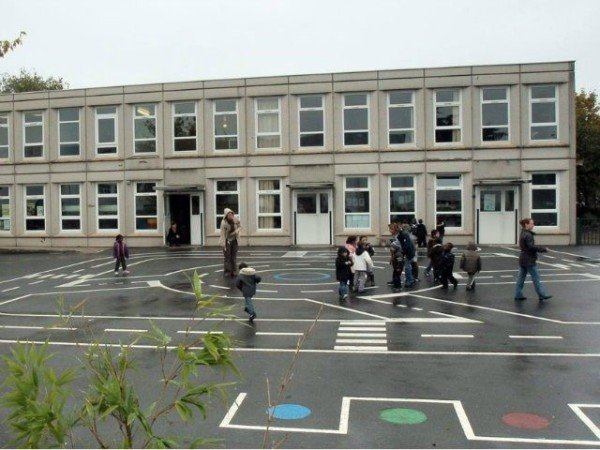 Aubervilliers kindergarten fake attack