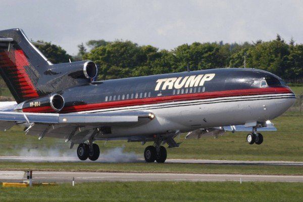 Donald Trump private jet emergency landing
