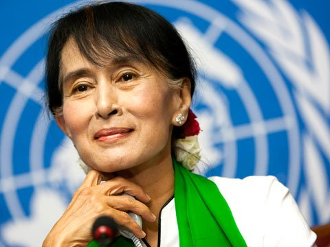 short essay on aung san suu kyi Ibrahim gambari, the un envoy, met myanmar pro-democratic leader aung san suu kyi, in november 2006 it was the first time that she was allowed to leave her house since her last meeting with gambari in may 2006.