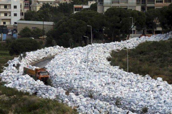 Beirut garbage crisis 2016