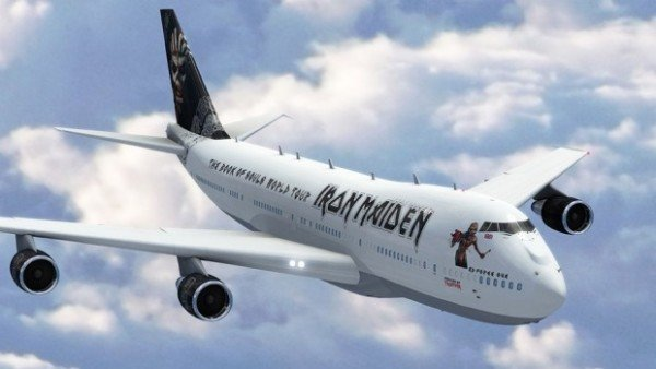Iron Maiden plane Ed Force One