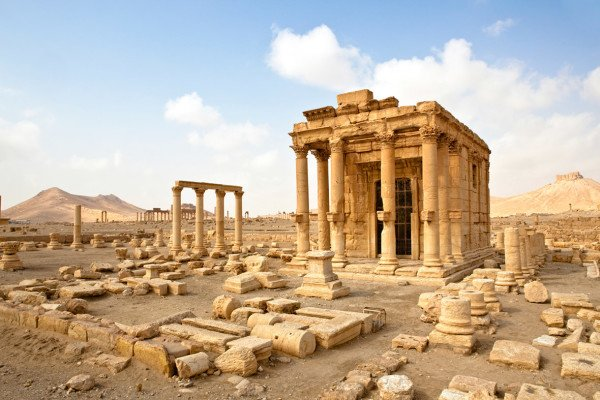 Syrian army reaches Palmyra