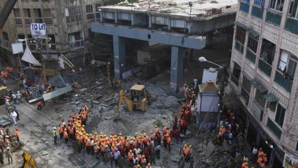 Kolkata flyover collapse rescue