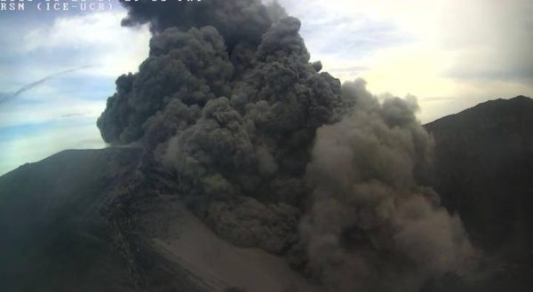 Turrialba volcano eruption 2016