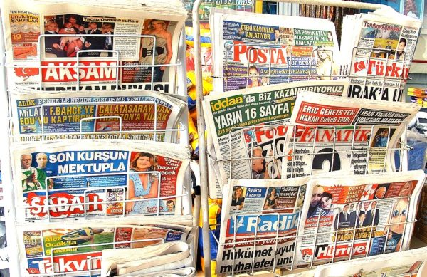 Turkey media crackdown