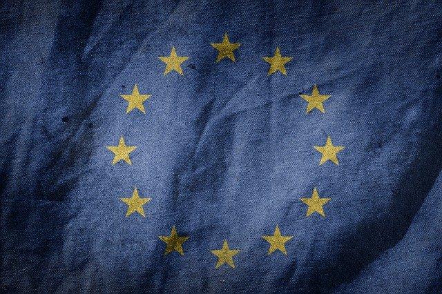 flag-1463476_640
